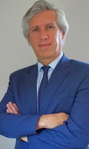 Dr. Adelqui Peralta