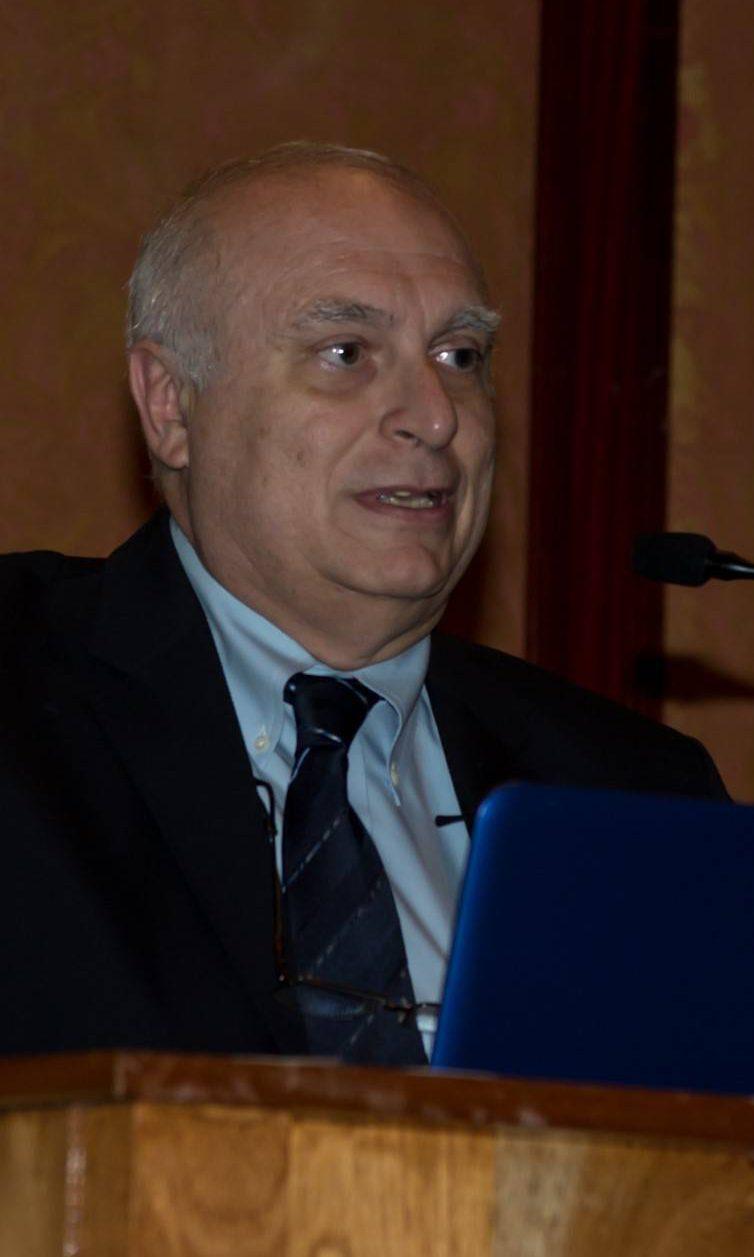 Dr. Néstor Vita